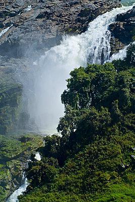 Powerful Waterfall - p1562m2263575 by chinch gryniewicz