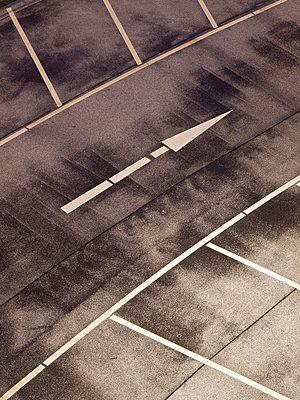 Parking deck - p5360185 by Schiesswohl