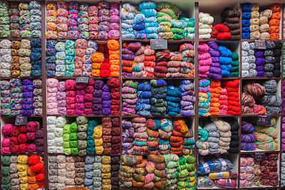Shelves full of yarn at store - p555m1491162 by REB Images