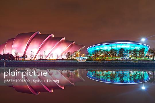 Glasgow - p587m1091802 by Spitta + Hellwig