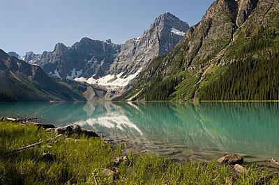 Chephren Lake, Banff National Park, Banff, Alberta - p4428206f by Design Pics