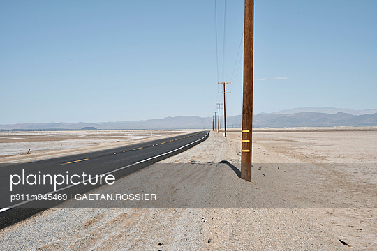 Ruban noir - p911m945469 by Gaëtan Rossier
