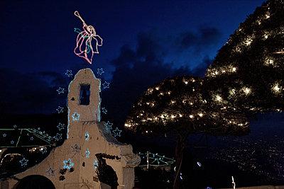 Mont Serate zur Weihnachtszeit  - p1330m1170999 von Caterina Rancho
