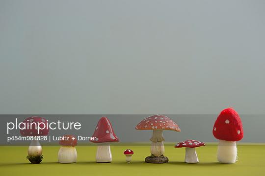 Glückspilze - p454m984828 von Lubitz + Dorner
