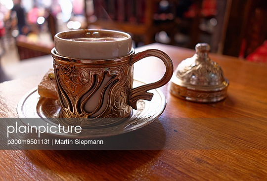 Turkey, Mardin, Turkish coffee - p300m950113f by Martin Siepmann