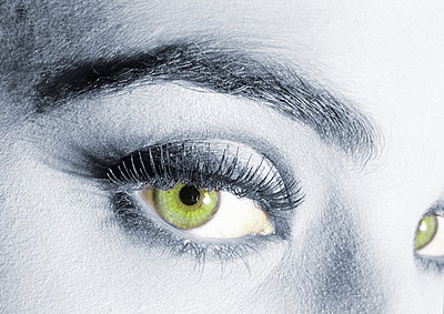 Woman's green eyes - p62317050f by I. Rozenbaum & G. Paille