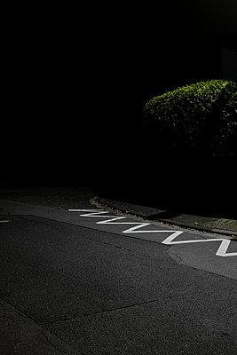 Straßenmarkierung - p1088m1207358 von Martin Benner
