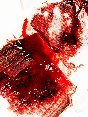 Blutiger Verband - p401m2172632 von Frank Baquet