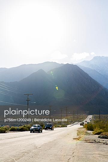 Road Trip - p756m1200249 von Bénédicte Lassalle