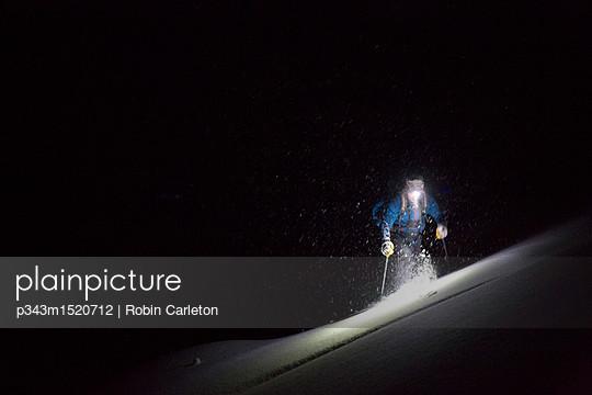 p343m1520712 von Robin Carleton