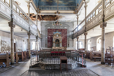 Abandoned synagogue - p1440m1497503 by terence abela