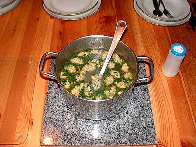Suppe mit Griesklößen - p1650190 von Andrea Schoenrock