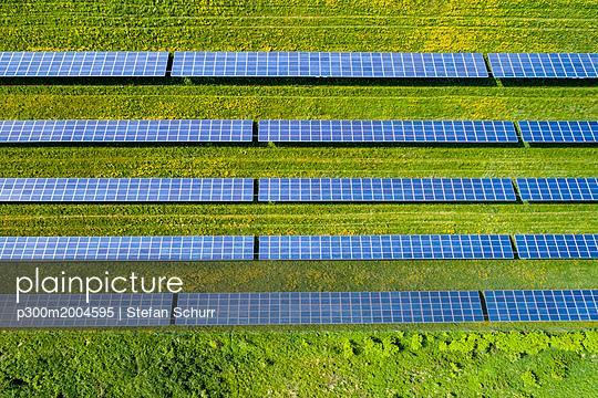 Germany, Baden-Wuerttemberg, solar plant - p300m2004595 von Stefan Schurr
