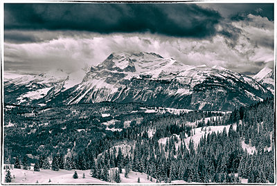 Mountaintop storm - p1072m1163448 by Grigore Roibu