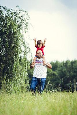 Familienausflug - p904m1065002 von Stefanie Päffgen
