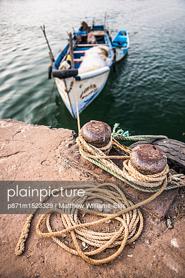 Fishing boats in a port at Talpona Beach, South Goa, India, Asia - p871m1523329 by Matthew Williams-Ellis