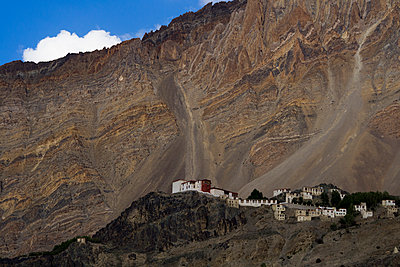 Stongdey Monastery - p1369m1222388 by Chris Hooton