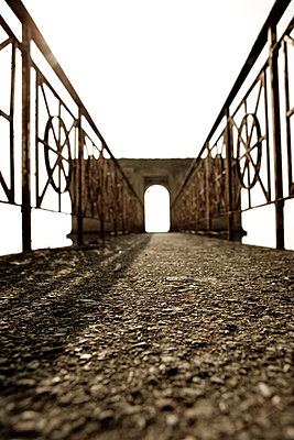 Archway - p2480358 by BY