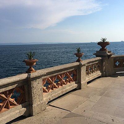 Castello di Miramare, Viale Miramare, Triest, Italien - p083m2089493 von Thomas Lemmler