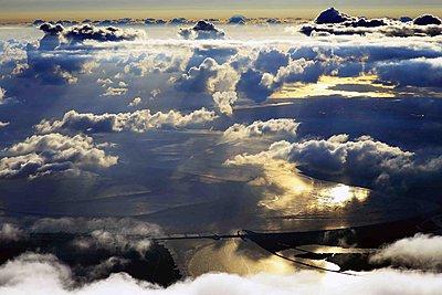 Eider barrage under cloud formations - p1016m1590869 by Jochen Knobloch
