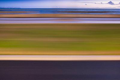 Bewegungsunschärfe - p335m1007597 von Andreas Körner
