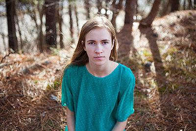 Portrait - p995m984117 von Mary Robinson