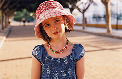 Young Girl in Pink Hat & Beads - p1304m1136839 by MY MY