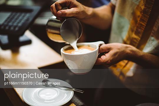 p1166m1150370 von Cavan Images