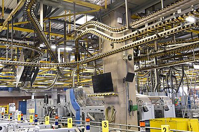 Machines for transport and sorting plant in a printing shop - p300m2104323 by Sten Schunke