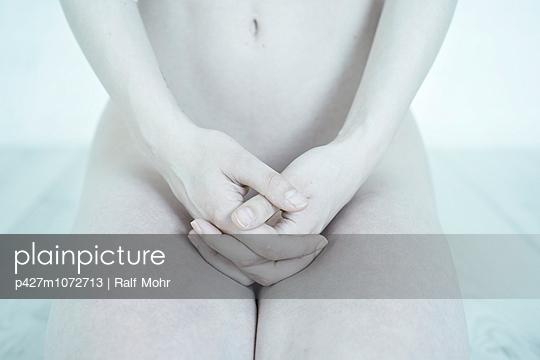 Sinew - p427m1072713 by Ralf Mohr