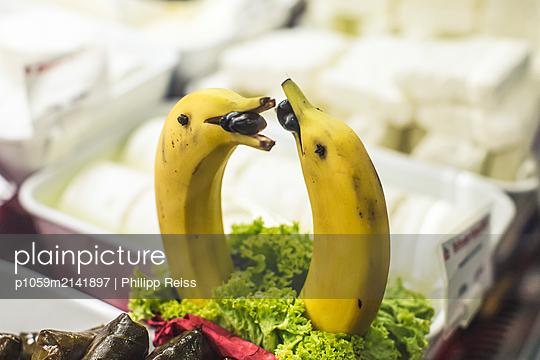 Bananendelphine - p1059m2141897 von Philipp Reiss