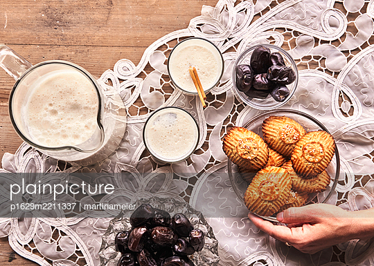Pastry - p1629m2211337 by martinameier