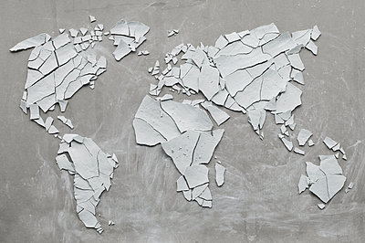 Clay shards forming world map, broken, concept ecological disasters - p300m2046610 by Achim Sass