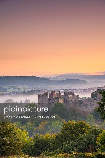 p651m2032843 von Alan Copson