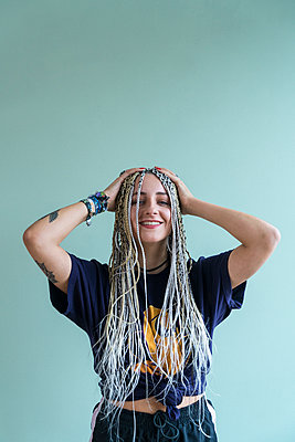 White dreadlocks - p427m2057379 by Ralf Mohr
