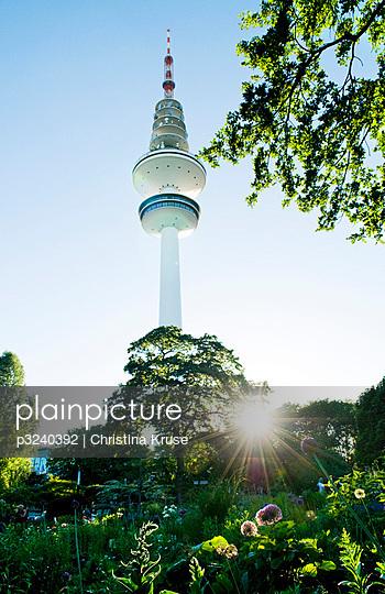 Fernsehturm - p3240392 von Bildagentur Hamburg