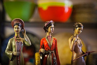Colorful figurines, Hanoi - p934m1451241 by Sebastien Loffler