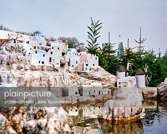Mini Europe, open-air museum, replica, coastal town, Crete - p1299m2284485 by Boris Schmalenberger