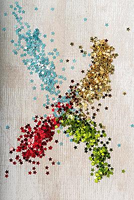 p451m2027151 by Anja Weber-Decker