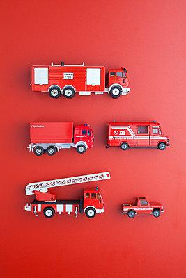Rot auf rot - p454m1172604 von Lubitz + Dorner