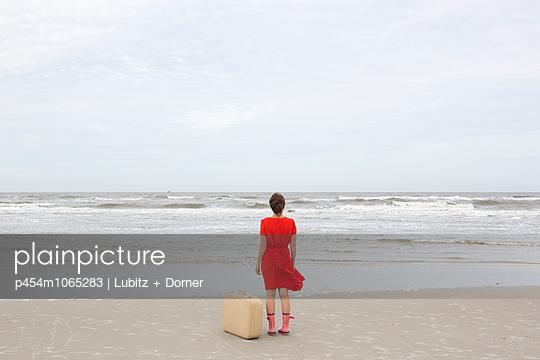 Raue See - p454m1065283 von Lubitz + Dorner