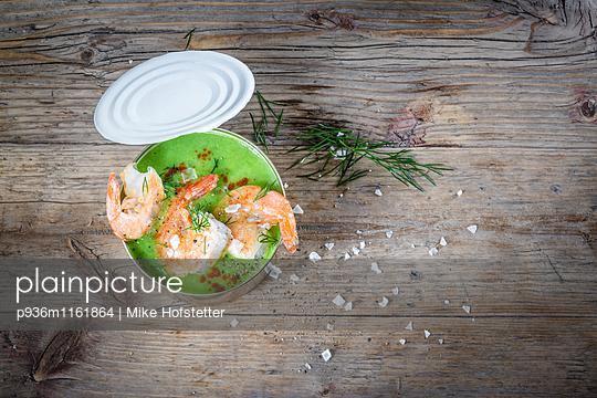 Essen aus der Dose - p936m1161864 von Mike Hofstetter