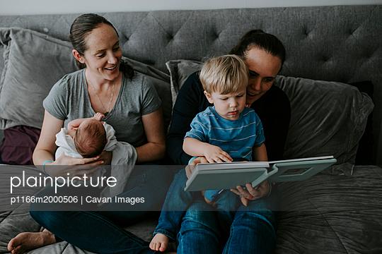 p1166m2000506 von Cavan Images