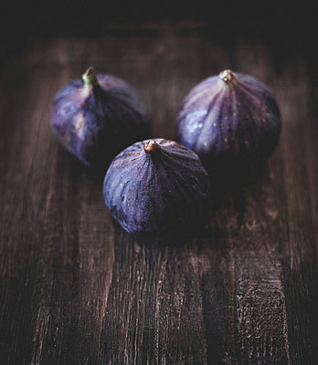 Figs - p946m956211 by Maren Becker