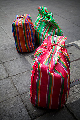 Bags - p993m877388 by Sara Foerster