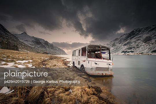 p429m2019726 von George Karbus Photography