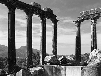 Türkei; die Ruinen von Euromos - p1016m815717 von Jochen Knobloch