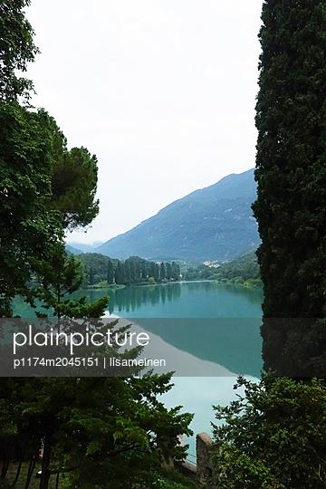 Bergsee in Italien - p1174m2045151 von lisameinen