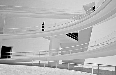 White staircase, Museum CajaGranada Memoria de Andalucía - p1445m2157970 by Eugenia Kyriakopoulou