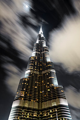 United Arab Emirates, Dubai, Burj Khalifa - p300m949750f by Daniel Waschnig Photography